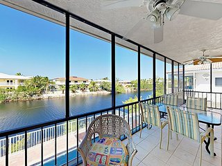 Canal-Front 4BR w/ Apartment, Private Pool & Hot Tub—Near Dining