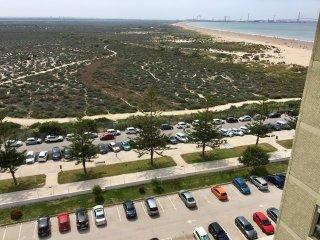 Amplio apartamento en primera linea de playa