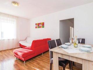 4 bedroom Villa in Pobri, Primorsko-Goranska A1/2upanija, Croatia : ref 5565124