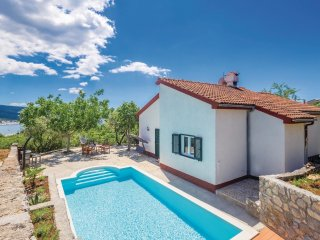 3 bedroom Villa in Kornić, Primorsko-Goranska Županija, Croatia : ref 5564991