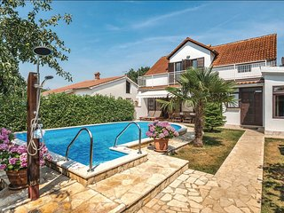 4 bedroom Villa in Sisan, Istria, Croatia : ref 5564787