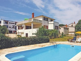 3 bedroom Villa in Ližnjan, Istria, Croatia : ref 5564776