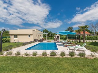 2 bedroom Villa in Bale, Istria, Croatia : ref 5564750