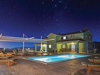5 bedroom Villa in Rovinj, Istria, Croatia : ref 5564739