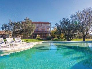 6 bedroom Villa in Kokuletovica, Istria, Croatia : ref 5564734