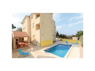 7 bedroom Villa in Stinjan, Istria, Croatia : ref 5564663