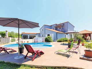 5 bedroom Villa in Paganor, , Croatia : ref 5564642
