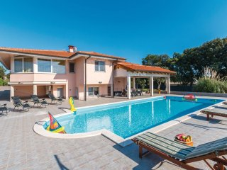 4 bedroom Villa in Veli Vrh, Istria, Croatia : ref 5564641