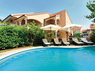 2 bedroom Villa in Valdebek, Istria, Croatia : ref 5564606