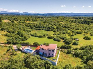 3 bedroom Villa in Sarići, Istria, Croatia : ref 5564545