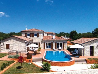 3 bedroom Villa in Čabrunići, Istria, Croatia : ref 5564533