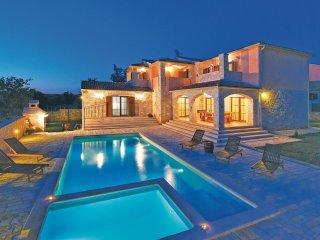 4 bedroom Villa in Mednjan, Istria, Croatia : ref 5564514