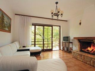 6 bedroom Villa in Katun Lindarski, Istria, Croatia : ref 5564473