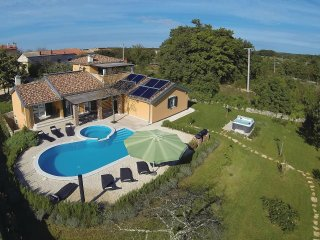 4 bedroom Villa in Režanci, Istria, Croatia : ref 5564452