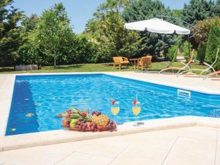 6 bedroom Villa in Orihi, Istria, Croatia : ref 5564454