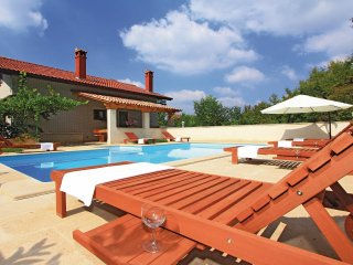 6 bedroom Villa in Katun Lindarski, Istria, Croatia : ref 5564473