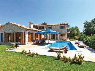 3 bedroom Villa in Divsici, Istria, Croatia : ref 5564457