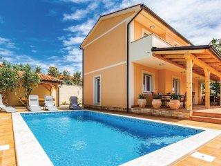 4 bedroom Villa in Barbariga, Istria, Croatia : ref 5564307