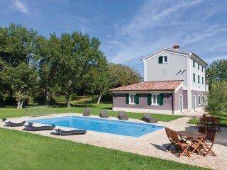 6 bedroom Villa in Fondole, Istria, Croatia : ref 5564296