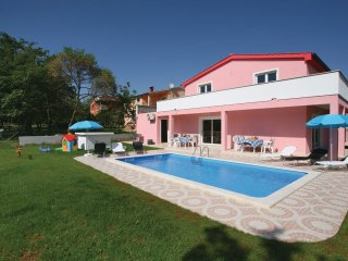 5 bedroom Villa in Musalez, Istria, Croatia : ref 5564234