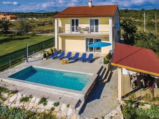 3 bedroom Villa in Butkovići, Istria, Croatia : ref 5564150