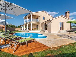 4 bedroom Villa in Bibici, Istria, Croatia : ref 5564161