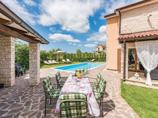 4 bedroom Villa in Stokovci, Istria, Croatia : ref 5564149