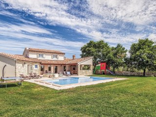 4 bedroom Villa in Valtura, Istria, Croatia : ref 5564166