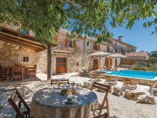 4 bedroom Villa in Rezanci, Istria, Croatia : ref 5564126