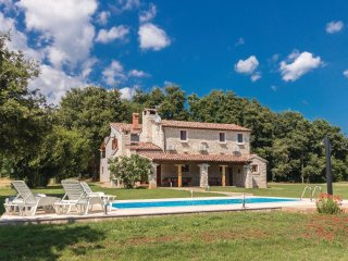 4 bedroom Villa in Muntić, Istria, Croatia : ref 5564162