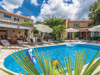 5 bedroom Villa in Burići, Istria, Croatia : ref 5564117