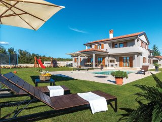 4 bedroom Villa in Heki, Istria, Croatia : ref 5564103
