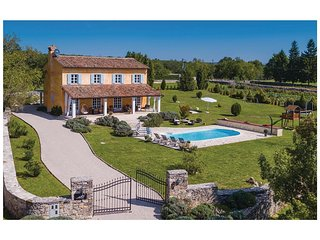 4 bedroom Villa in Boskari, Istria, Croatia : ref 5564092