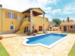 3 bedroom Villa in Gajana, Istria, Croatia : ref 5564074