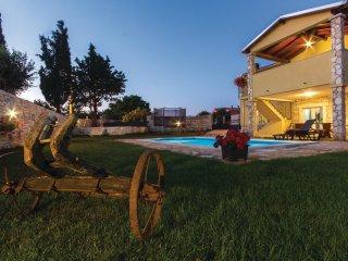 3 bedroom Villa in Gajana, Istria, Croatia : ref 5564074
