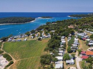 3 bedroom Villa in Banjole, Istria, Croatia : ref 5564000