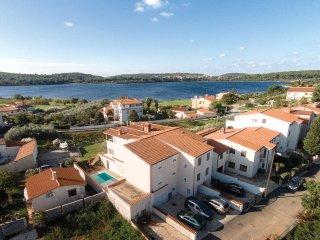 6 bedroom Villa in Pomer, Istria, Croatia : ref 5564035