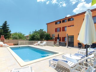 11 bedroom Villa in Vinkuran, Istria, Croatia : ref 5564020