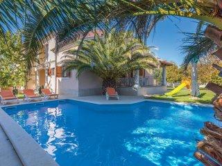 8 bedroom Villa in Banjole, Istria, Croatia : ref 5564031
