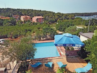 5 bedroom Villa in Vinkuran, Istria, Croatia : ref 5563997