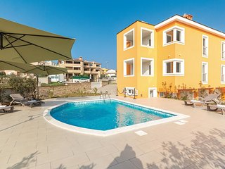 2 bedroom Apartment in Premantura, Istria, Croatia : ref 5563947