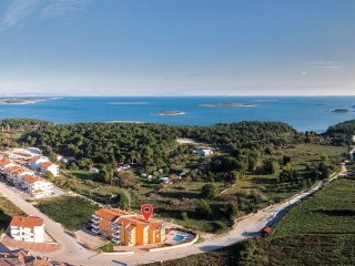 2 bedroom Apartment in Premantura, Istria, Croatia : ref 5563950