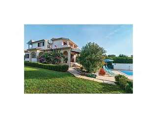 4 bedroom Villa in Premantura, Istria, Croatia : ref 5563938
