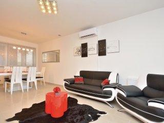 4 bedroom Villa in Novigrad, Zadarska A1/2upanija, Croatia : ref 5563910