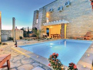 4 bedroom Villa in Novigrad, Zadarska Zupanija, Croatia : ref 5563910