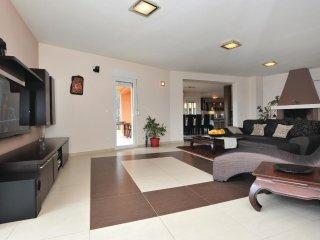 5 bedroom Villa in Peric, Splitsko-Dalmatinska Zupanija, Croatia : ref 5563456