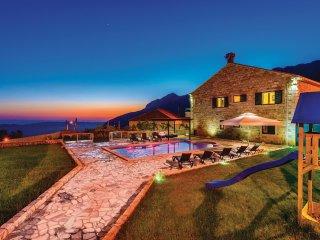 6 bedroom Villa in Dubravka, Dubrovacko-Neretvanska Zupanija, Croatia : ref 5561