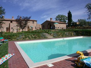 2 bedroom Apartment in Valiano, Tuscany, Italy : ref 5561390