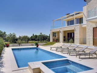 5 bedroom Villa in Juršići, Istria, Croatia : ref 5561235