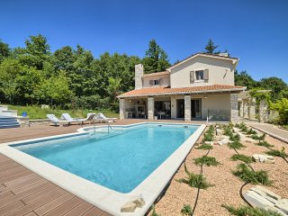 4 bedroom Villa in Veli Turini, Istria, Croatia : ref 5560450